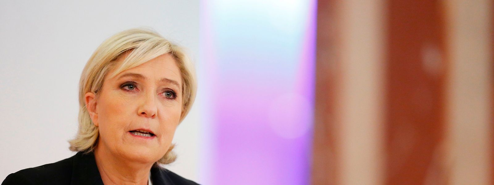 Erst im März hatte Le Pen wegen der Verbreitung menschenverachtender Gewaltbilder ihre Immunität verloren.