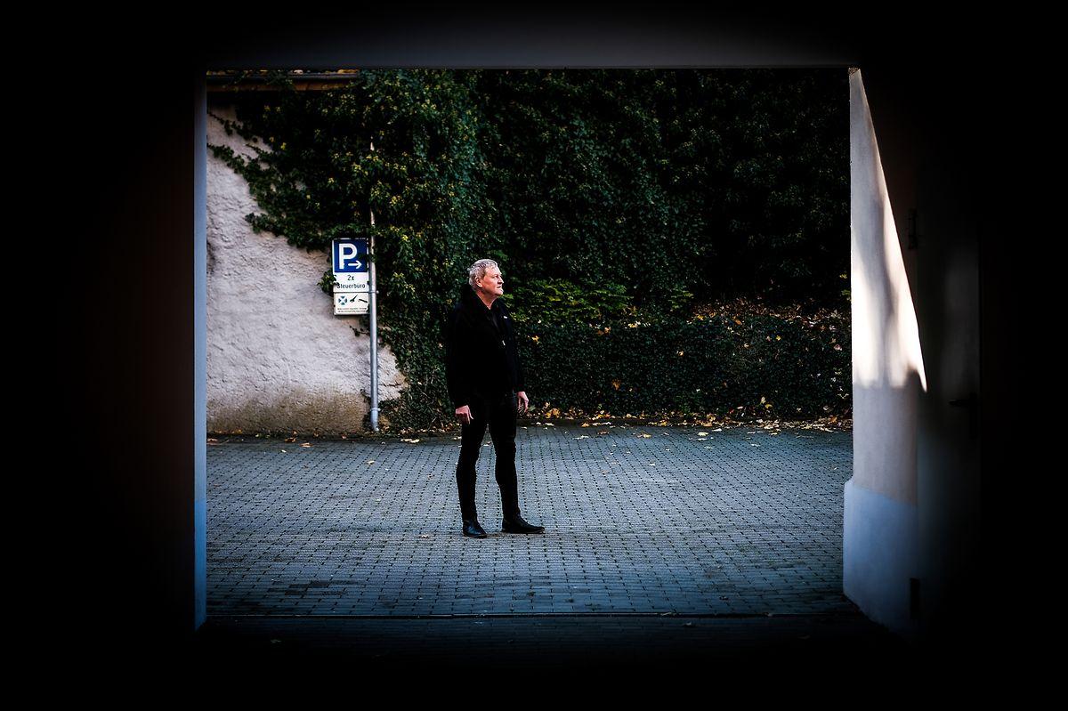 Klaus Moller, líder da esquerda, não podia estar mais assustado com a subida da extrema direitano seu distrito.