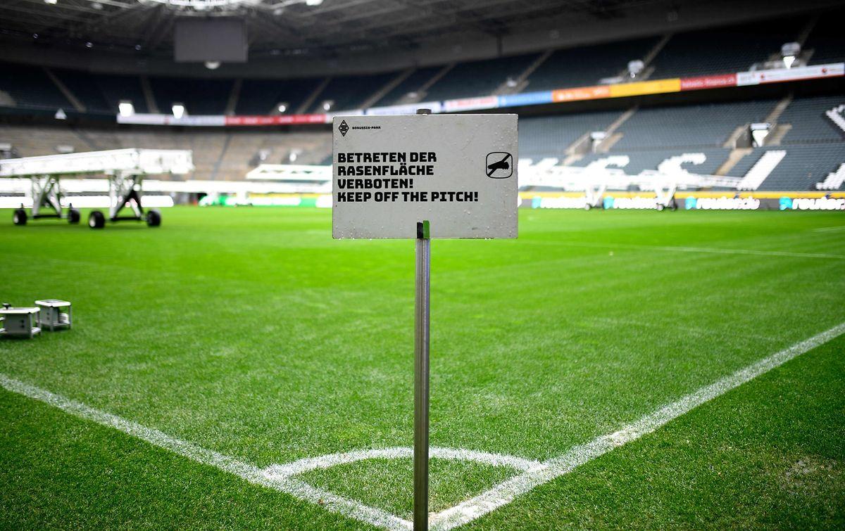 Au stade du Borussia, il n'y a qu'à lire le panneau...