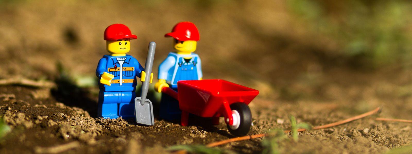 Bausteine auf Basis von Zuckerrohr und anderen nachhaltigen Stoffen sollen die herkömmlichen Klötze nach und nach ersetzen.