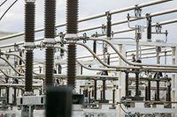 Les entreprises peuvent produire de l'électricité renouvelable et obtenir une rentabilité assurée par l'Etat.