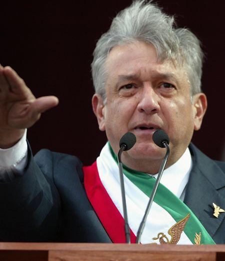 López Obrador, als Reisemuffel und oberster Sparkommissar Mexikos bekannt.