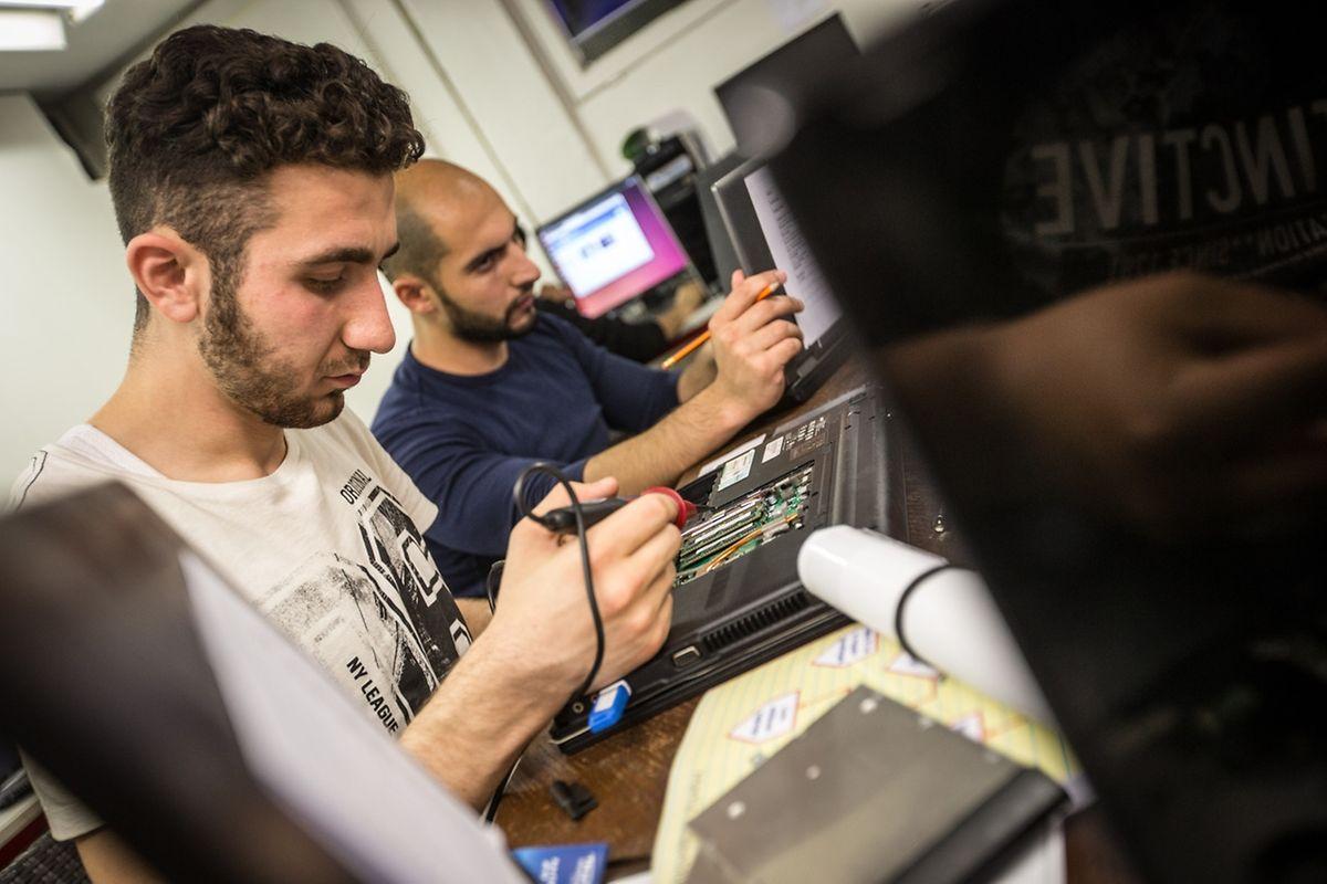 L'atelier de recyclage d'ordinateurs