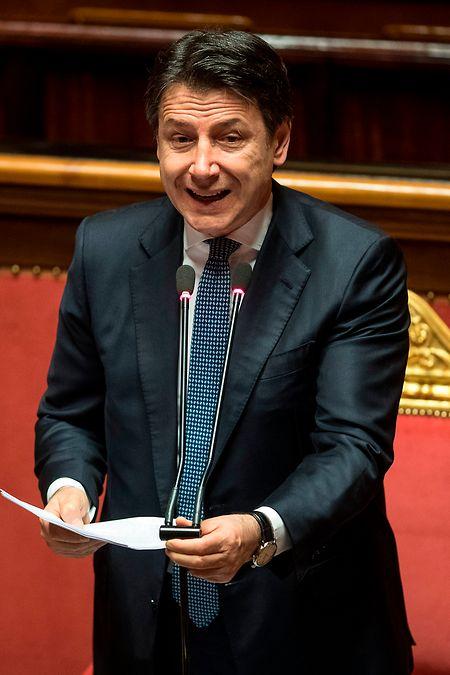 Rom: Giuseppe Conte, Ministerpräsident von Italien, spricht im Senat über die Corona-Krise in Italien.