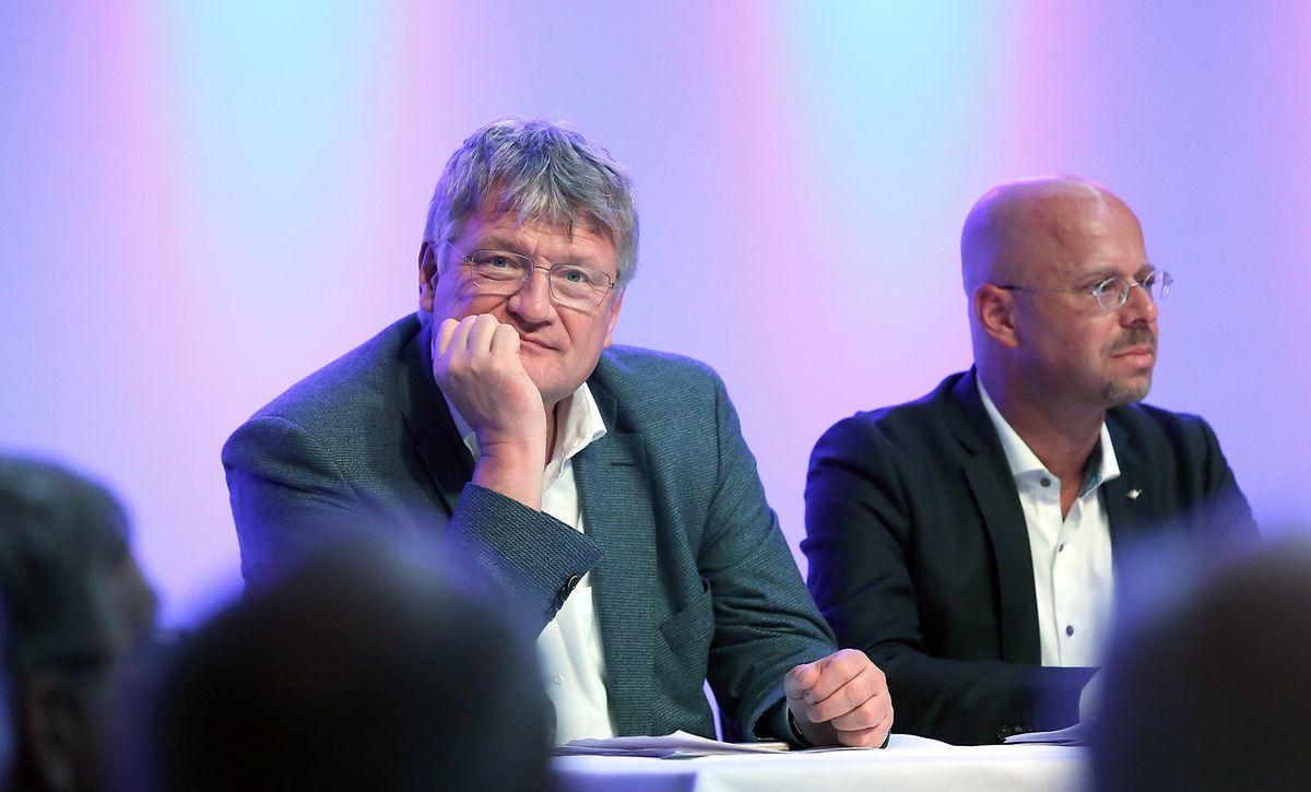 Abgrenzung? Der Spitzenkandidat der rechtsextremen AfD für die Europawahlen, Jörg Meuthen, mit dem brandenburgischen AFD-Landesvorsitzenden Andreas Kalbitz (rechts). Kalbitz pflegt enge Kontakte zur deutschen Neonazi-Szene.