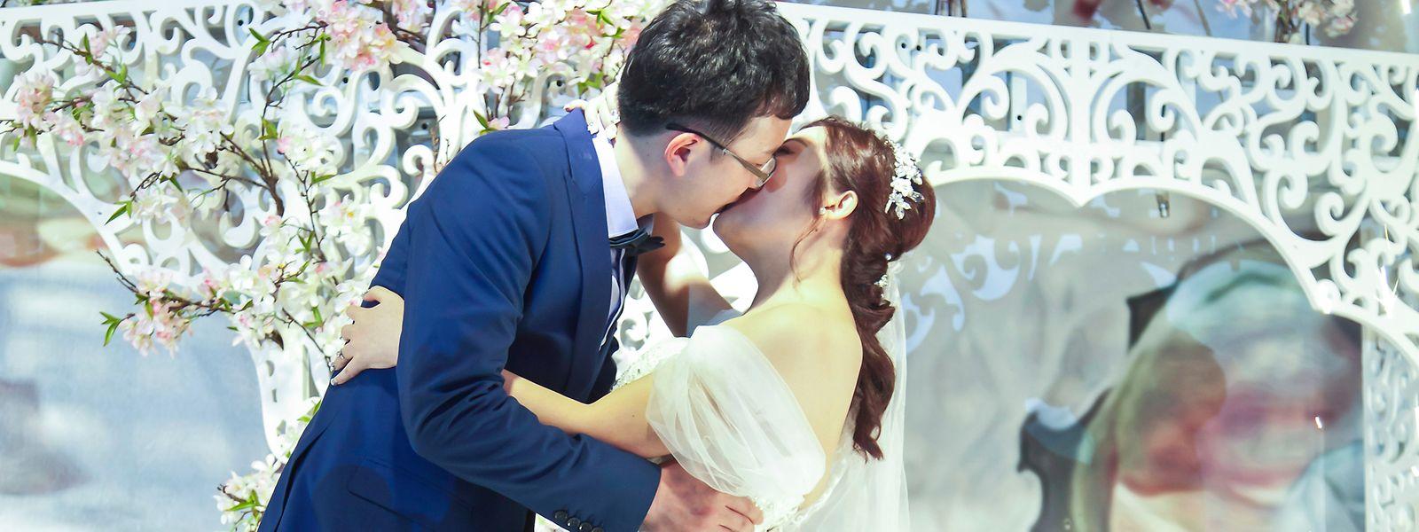 Nach westlichem Vorbild: Hochzeiten werden in China mit allem Pomp gefeiert – gerade weil die Partnerwahl durch und durch kalkuliert ist.