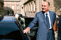 (FILES) In this file photo taken on September 01, 2011, French former president Jacques Chirac arrives at his office, in Paris, five days ahead of the start of his trial for corruption relating to his time as Paris mayor in the 1990s. - Former French President Jacques Chirac has died at the age of 86, it was announced on September 26, 2019. (Photo by BERTRAND LANGLOIS / AFP)