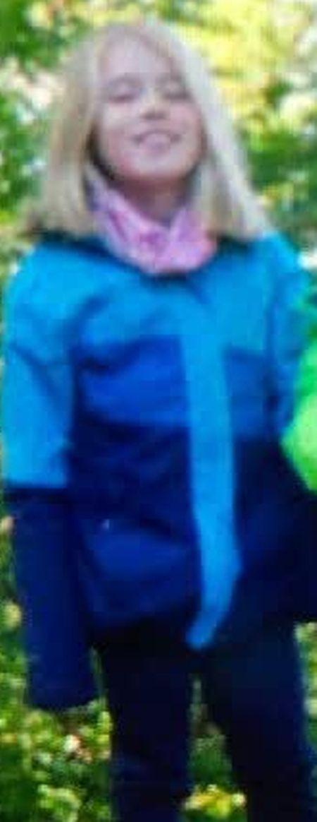 Das undatierte öffentliche Fahndungsfoto zeigt das achtjährige Mädchen.