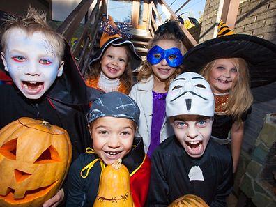A propósito, haverá muita animação de Halloween.