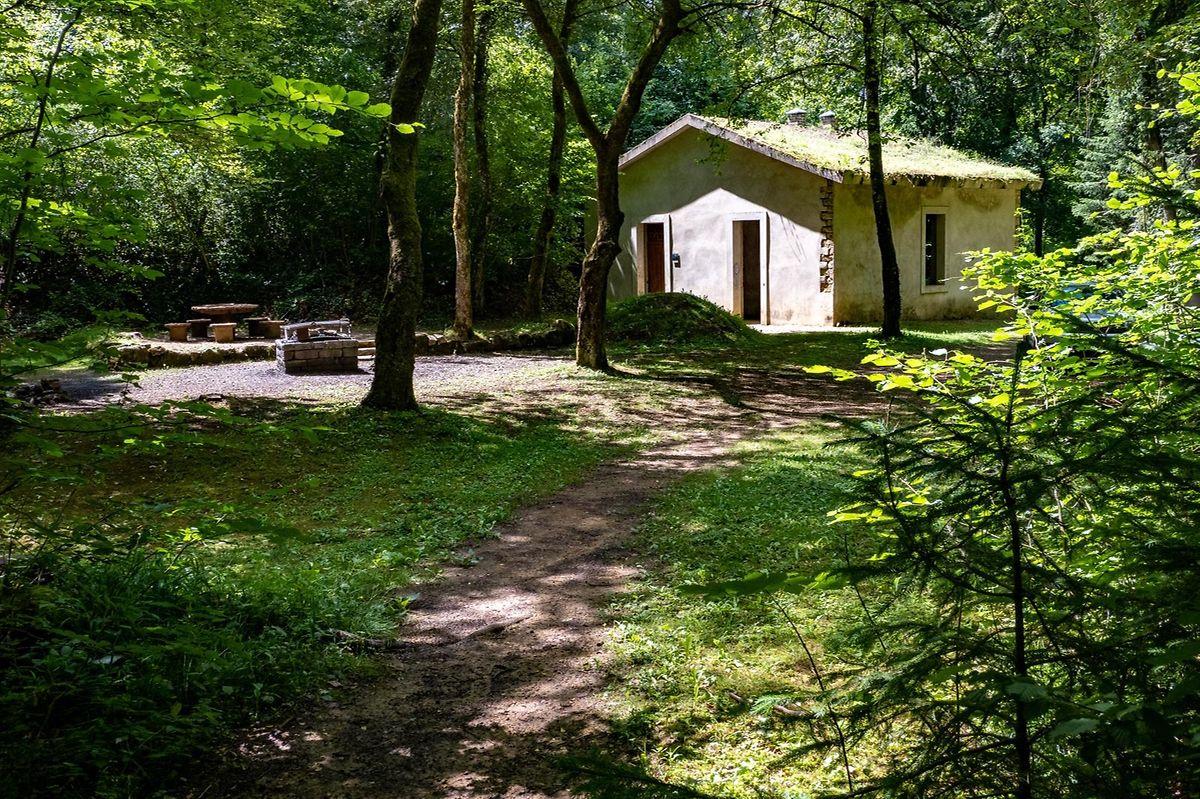 Lors du séjour dans la réserve Ellergronn, il est même possible de réserver la villa Rosati pour une nuit dans les bois.