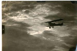 Immer wieder werden Aeroplane gesichtet.