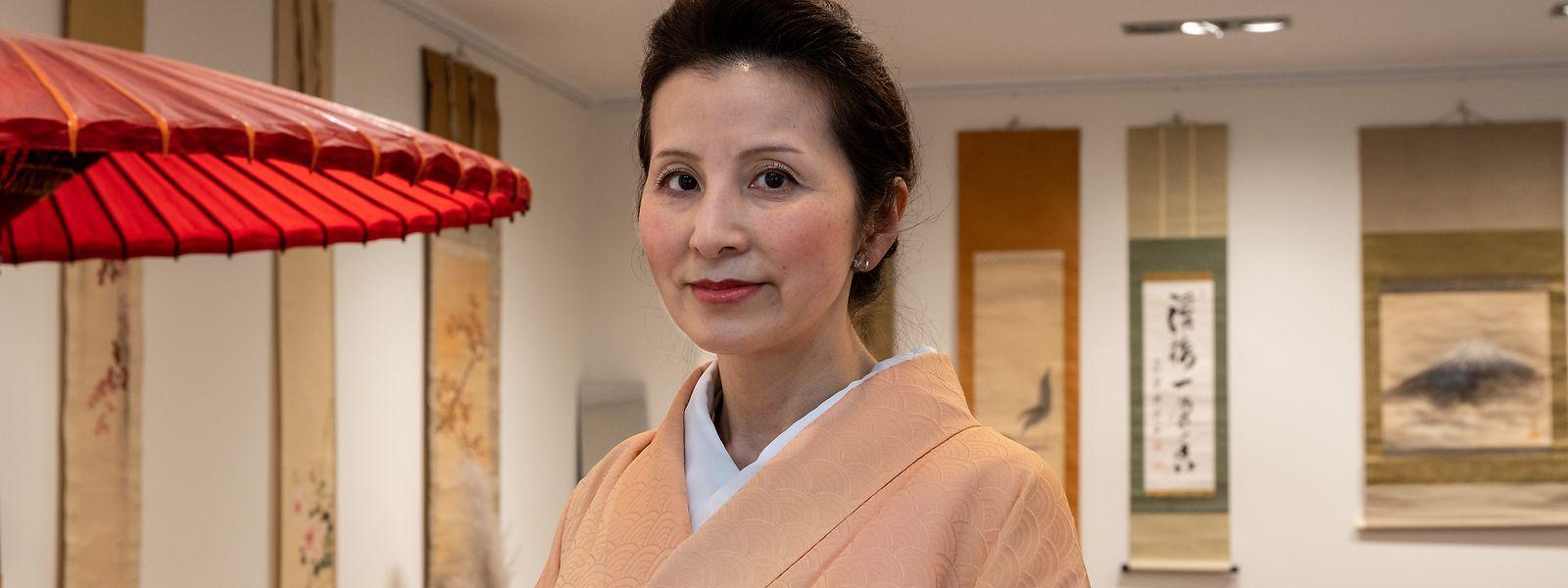 Harumi Hayashi hat vieles in ihrem Pop-up gelernt, zum Beispiel, wie viele Fans der japanische Sake in Luxemburg hat.