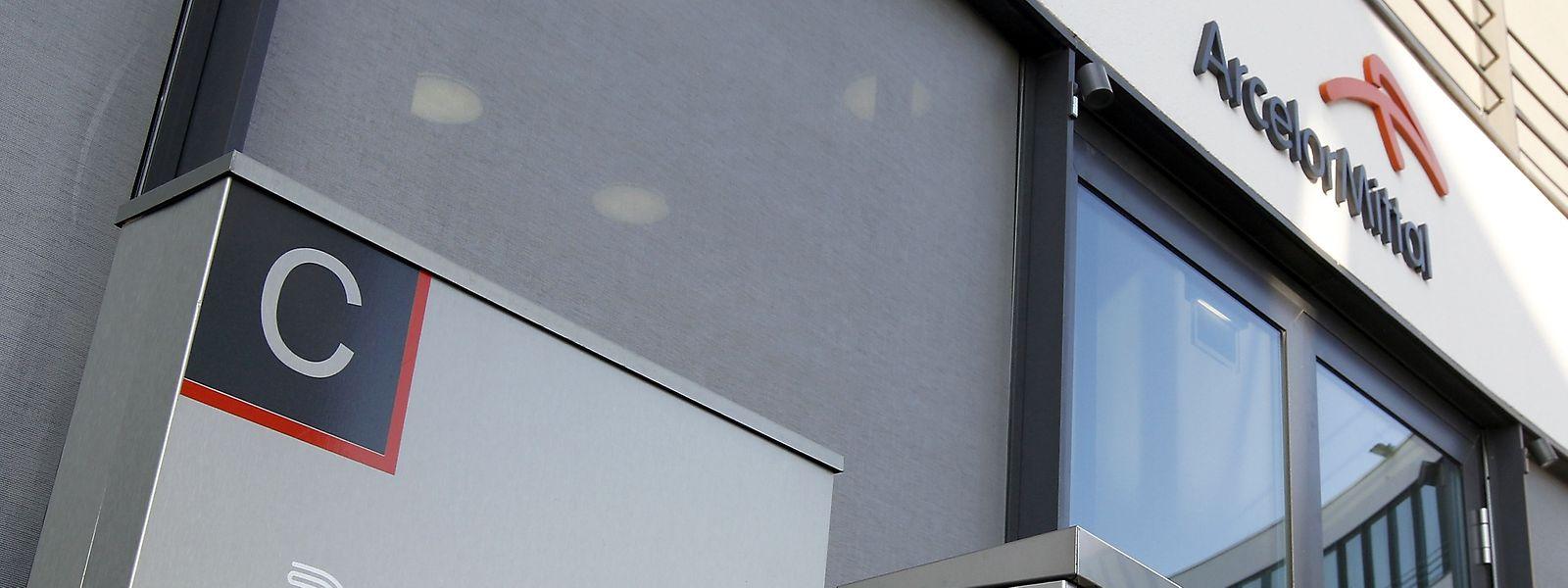 Bei dem Unternehmen handelt es sich um die ausgegliederte Edelstahlsparte von ArcelorMittal.