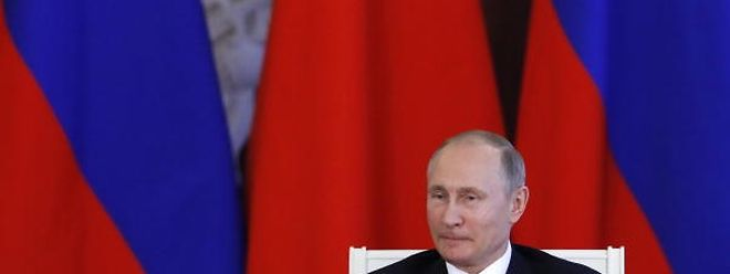 Russian President Vladimir Putin attends a meeting to make a statement following the talks with his Chinese counterpart Xi Jinping at the Kremlin in Moscow, Russia July 4, 2017. REUTERS/Sergei Karpukhin