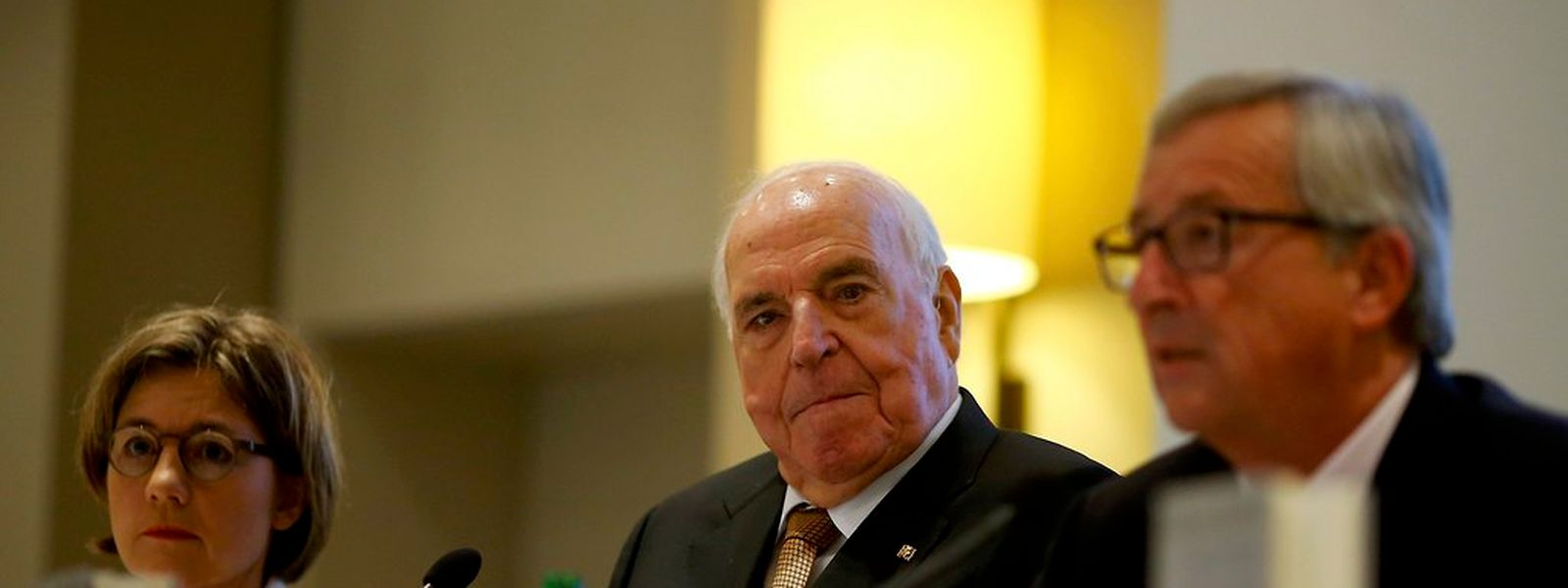 Helmut Kohl stellte am Montag sein neues Buch vor. Begleitet wurde er dabei von seiner Frau Maike Kohl-Richter. Bei der Veranstaltung sprach auch Jean-Claude Juncker.