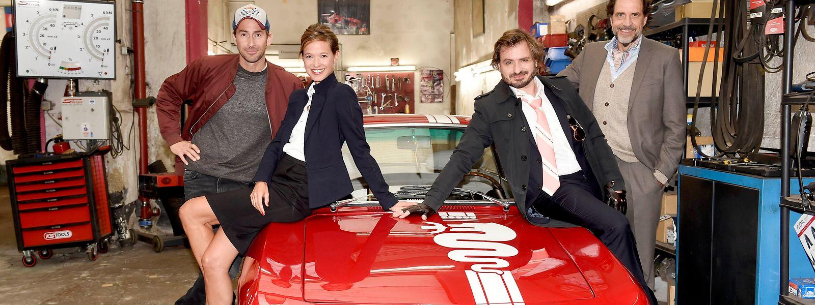 Markus Stoll (Harry G), Lisa Bitter, Daniel Christensen und Helmfried von Lüttichau bilden das Team der neuen Serie (v.l.n.r.).