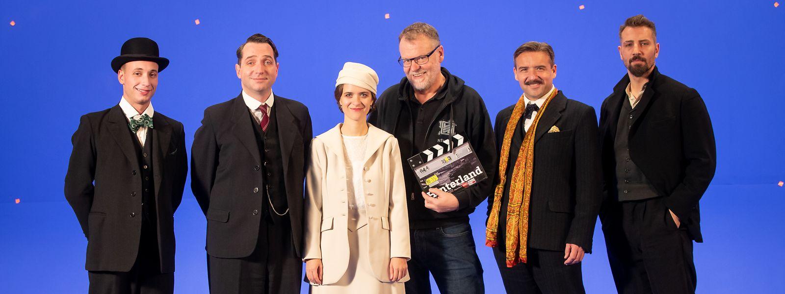Le film, entièrement réalisé sur fond bleu au Luxembourg, a sollicité une multitude de techniciens et créateurs locaux.
