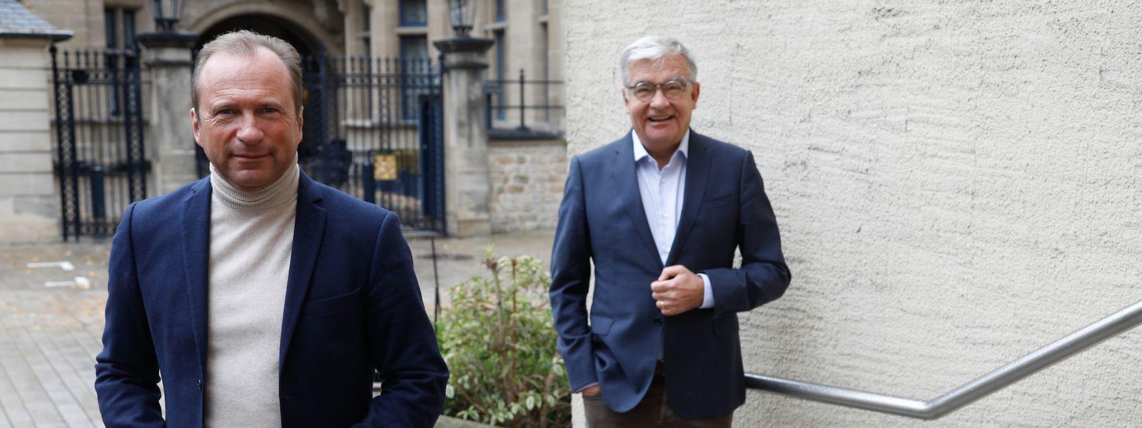 Die CSV-Abgeordneten Gilles Roth (l.) und Laurent Mosar üben heftige Kritik an der Politik der Regierung.