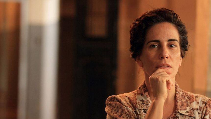 """""""NISE - O Coração da Loucura"""", com a atriz Glória Pires, é uma das proposta da sexta edição do Festival de Cinema Brasileiro."""
