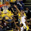 LeBron James a inscrit 41 points et capté 16 rebonds lundi soir.