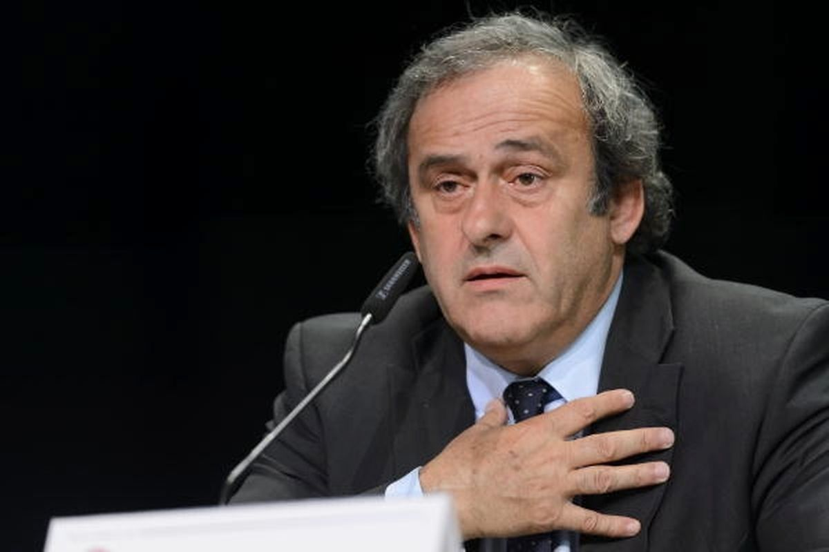 Michel Platini erklärt, die Steuerbehörden seien informiert.