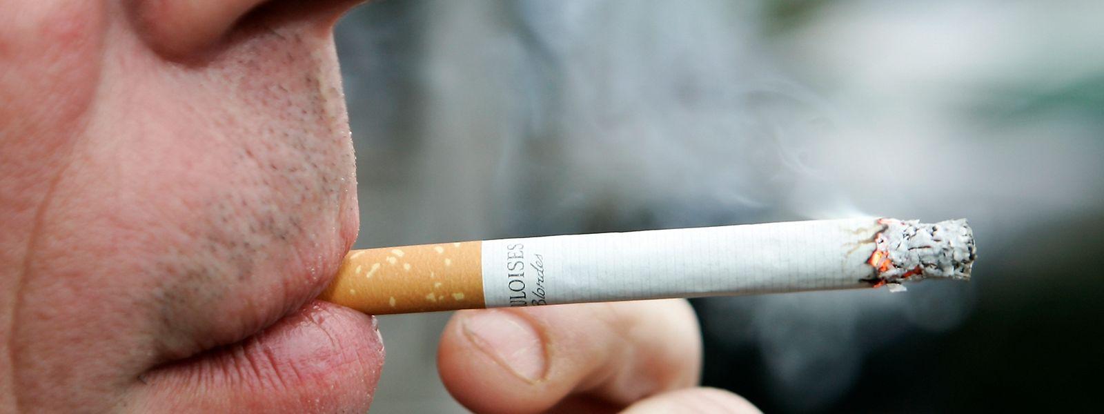 Jeder Fünfte Luxemburger raucht regelmäßig Zigaretten.