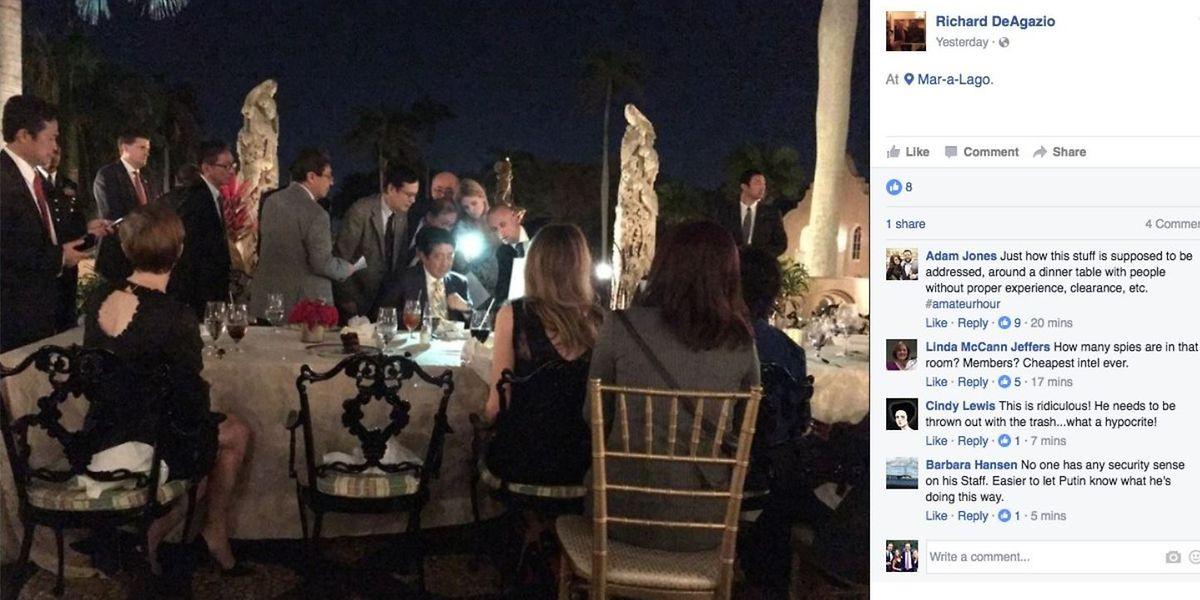 Im Stile eines Dinnertheaters: Donald Trump und sein Gast Shinzo Abe diskutieren über Nordkoreas Raketenstart.