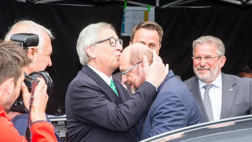 Mit deutlichen Worten distanzierte sich SPD-Kanzlerkandidat Martin Schulz von Jean-Claude Juncker.