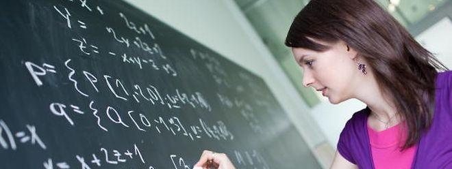 Die Reform der Sekundarschulen wird in Angriff genommen.