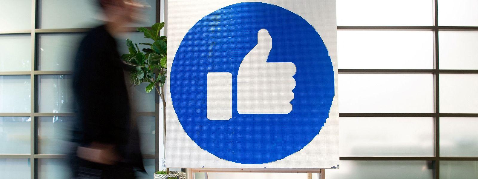 Mit dem neuen Mediengesetz in Australien, das am Mittwoch verabschiedet wurde, werden Google und Facebook künftig dazu gezwungen, örtliche Medienunternehmen zu bezahlen, wenn sie deren Inhalte verbreiten.