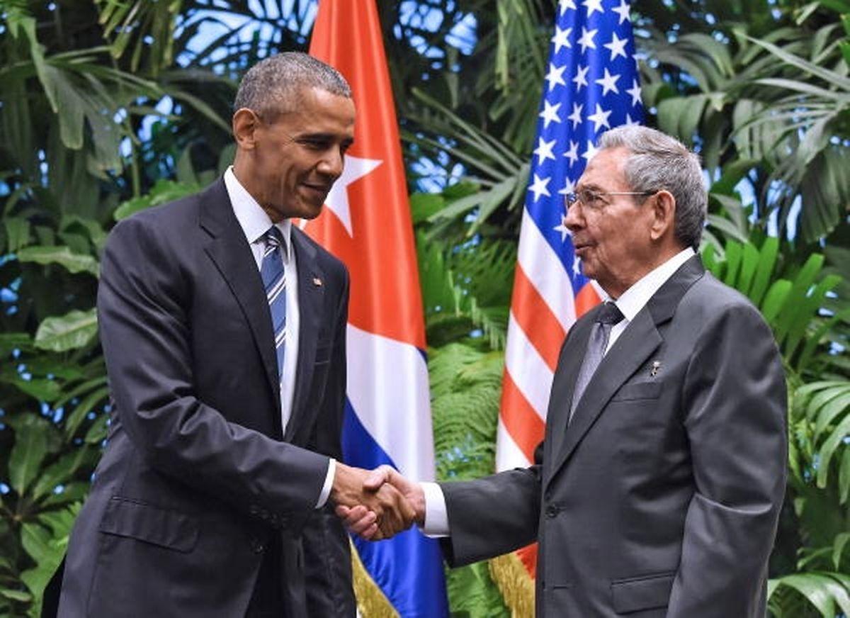 Une photo pour l'Histoire: Barack Obama avec le nouveau président cubain le 21 mars 2016 à La Havane. Aujourd'hui Cuba craint que Donald Trump ne remette en cause l'ouverture voulue par son prédécesseur.