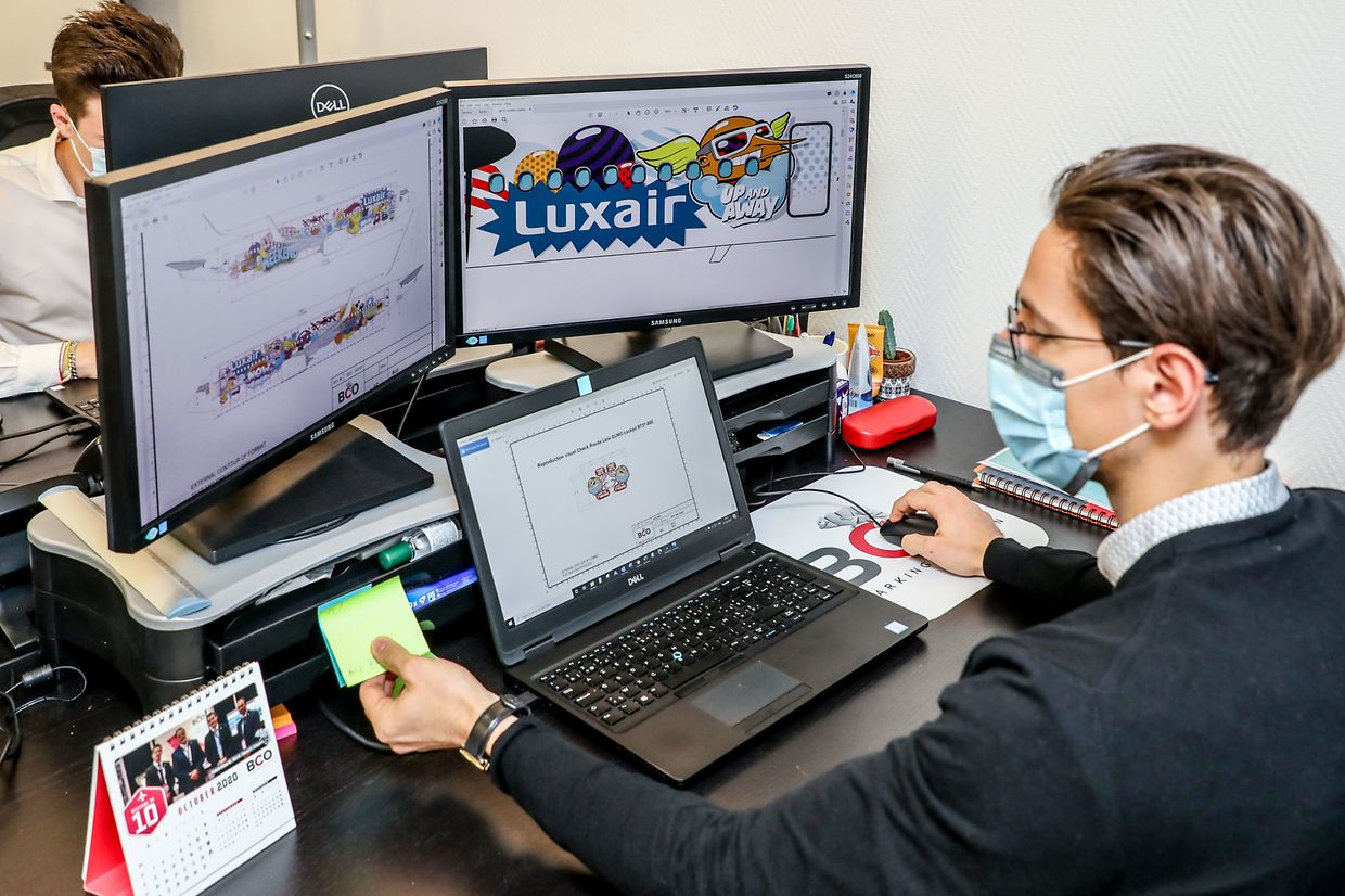Around François-Etienne Marion, the teams had less than a month to design the hundreds of relloking Sumo pieces for Luxair.