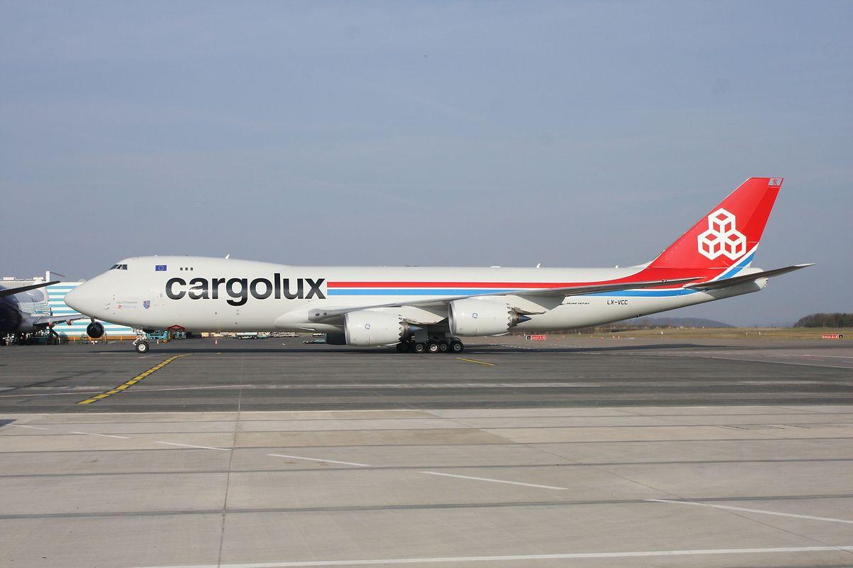 """Eine Boeing 747-8F der luxemburgischen Fluglinie """"Cargolux"""", Aufnahme von 2012."""