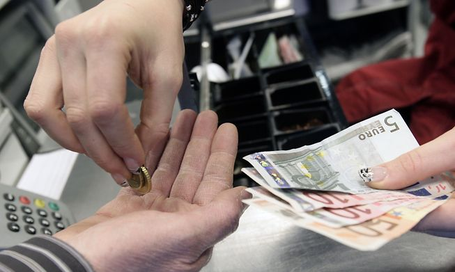 Inflation is expected to reach 2% in 2021 and slow to 1.6% next year