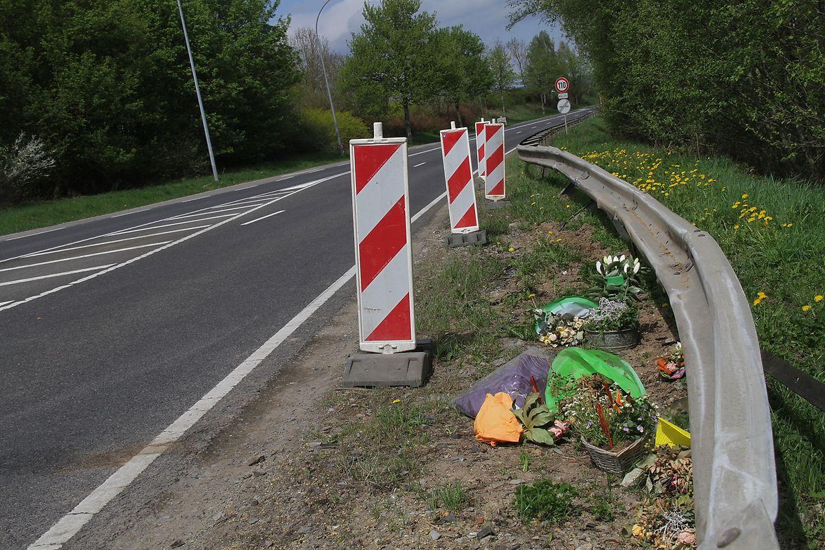 14. April 2018, Lausdorn: Bei einem tragischen Unfall auf der N7 wird ein Polizist getötet und seine Kollegin auf dem Beifahrersitz lebensgefährlich verletzt.