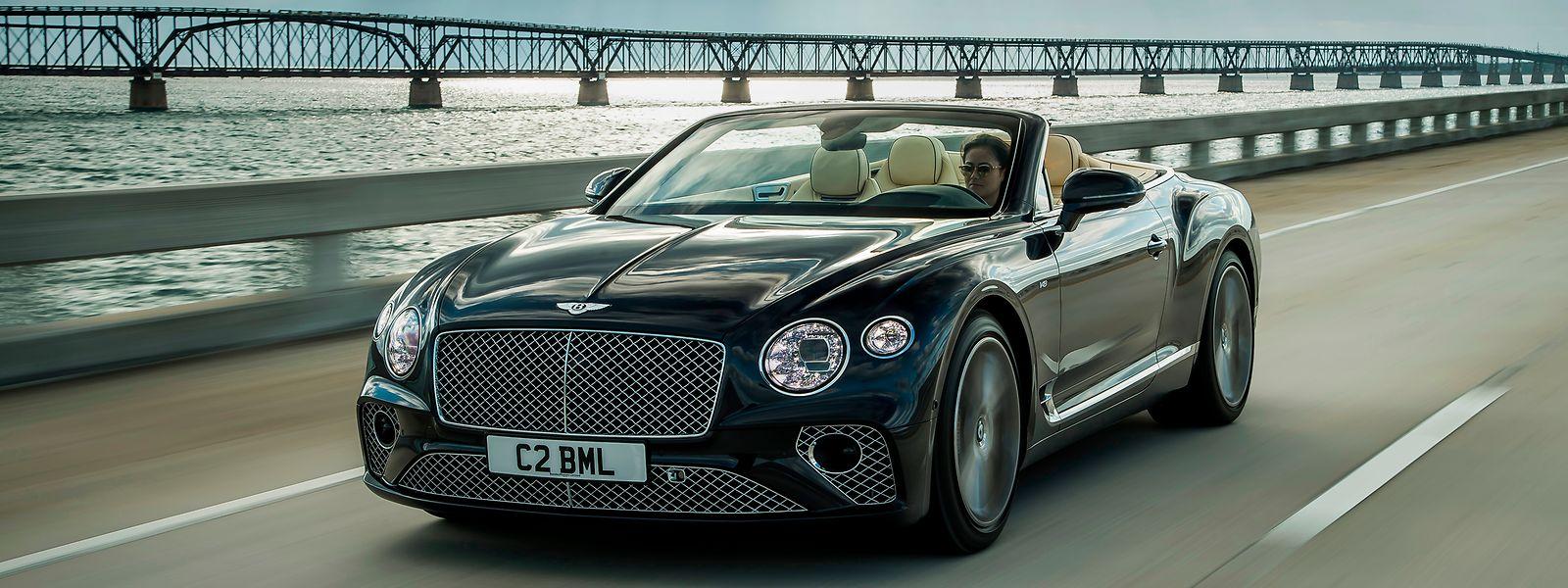 Höchste Design- und Ingenieurskunst sowie viel Liebe fürs Detail prägen den Continental GT Convertible V8 von Bentley.