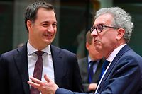 Luxembourg's Finance Minister Pierre Gramegna (R) and Belgium's Finance Minister Alexander De Croo attend an Eurogroup meeting at the European Council in Brussels on February 11, 2019. (Photo by EMMANUEL DUNAND / AFP)