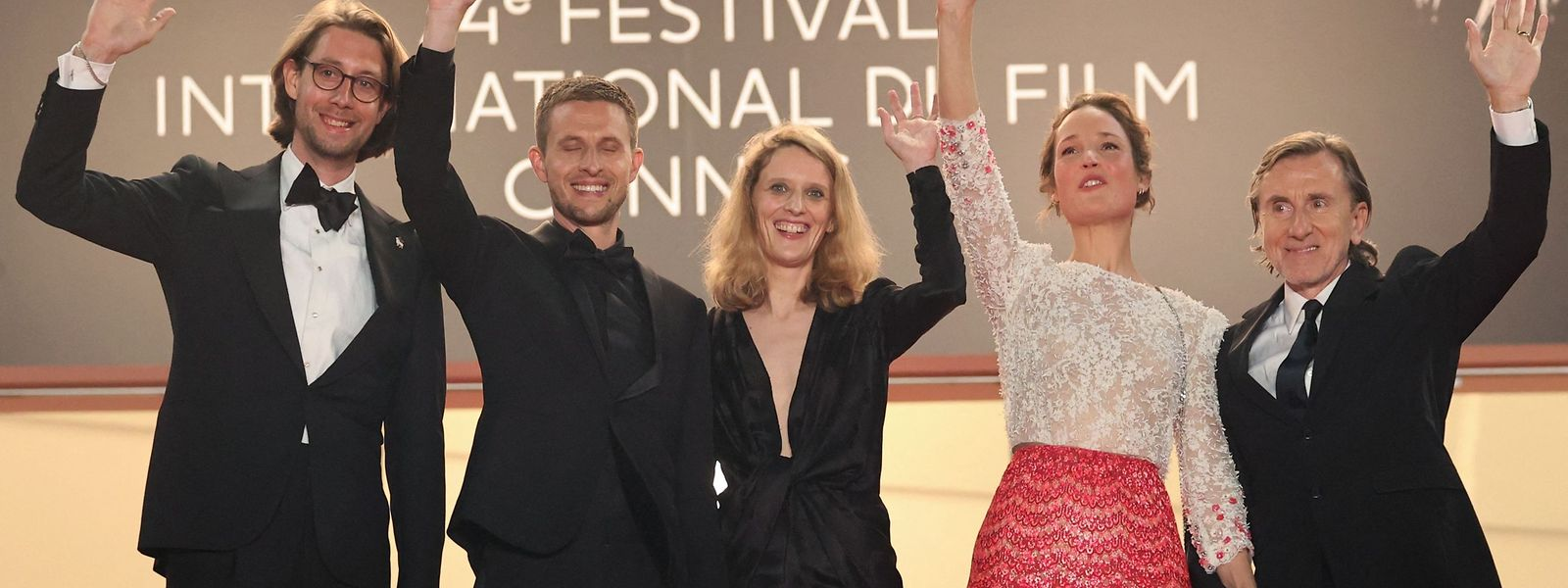 L'actrice luxembourgeoise est également à l'affiche d'un second film, «Hold me tight» («Serre-moi fort»), du réalisateur français Mathieu Amalric, projeté dans la section «Cannes Première».