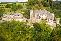 Viele Schlösser und Burgen in Luxemburg - hier das mittelalterliche Schloss Ansemburg - sind in Privatbesitz.