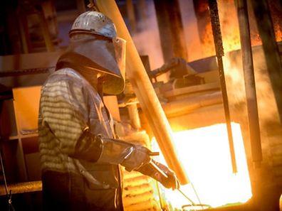 ArcelorMittal reste de loin le premier producteur mondail d'acier. Mais il souffre fortement de la concurrence chinoise.