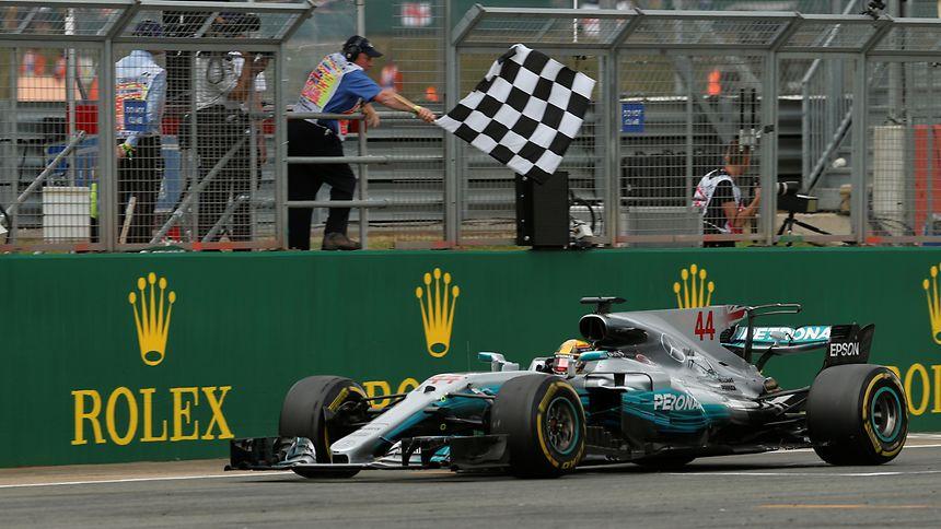 Lewis Hamilton sah die Zielflagge am Sonntag als Erster.